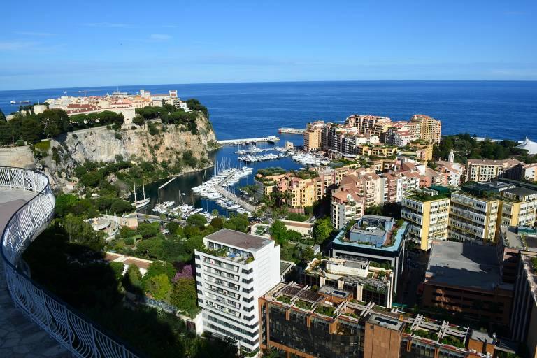 Pequenino, Mônaco tem ladeiras infindáveis, palácio e outras atrações